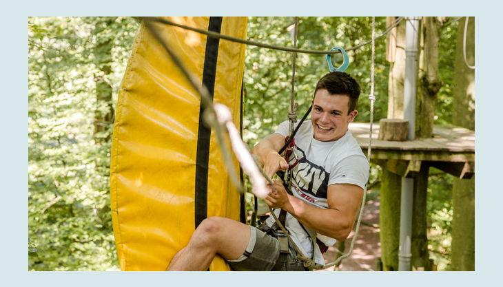 adventureparcours banana jump