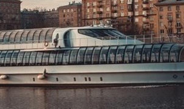 Royal круиз по Москве реке с живой музыкой
