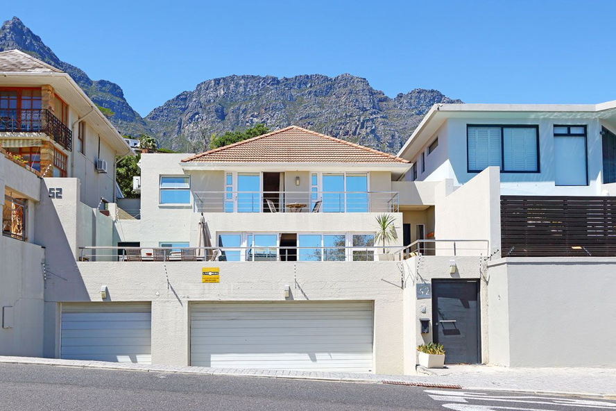 Cape Town - 1089655_large.jpg