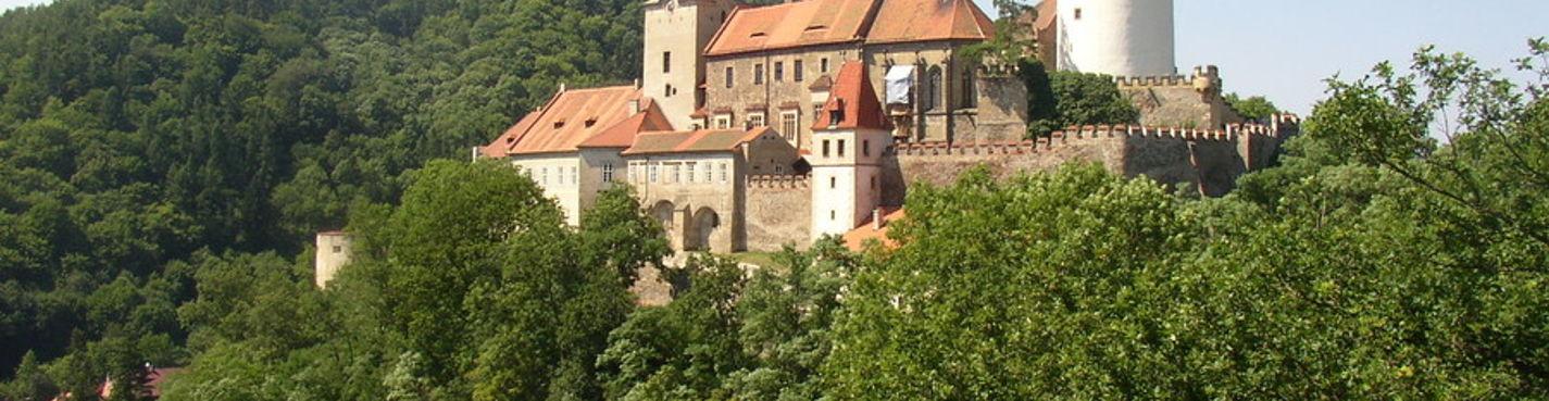 Экскурсия из Праги в замок «Кршивоклат»