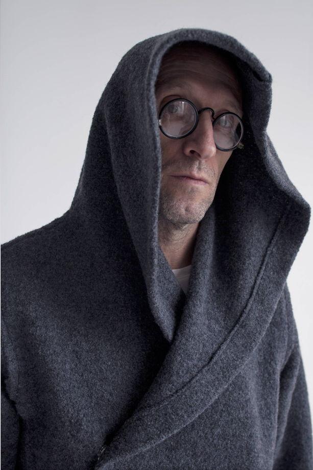 Серое мягкое пальто с капюшоном  #7