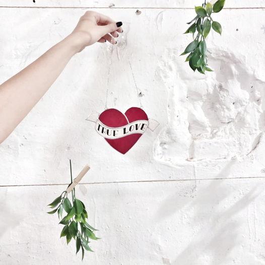 """Декоративное сердце """" TRUE LOVE"""""""