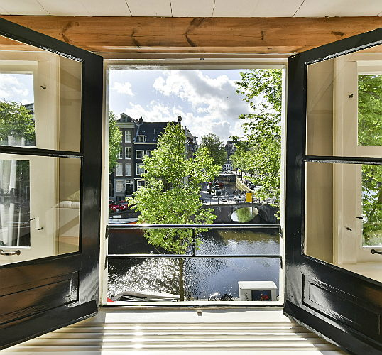 Sant Just Desvern - Real estate prices in Amsterdam are rising! Read our market insights on the most popular neighbourhoods in the premium segment.