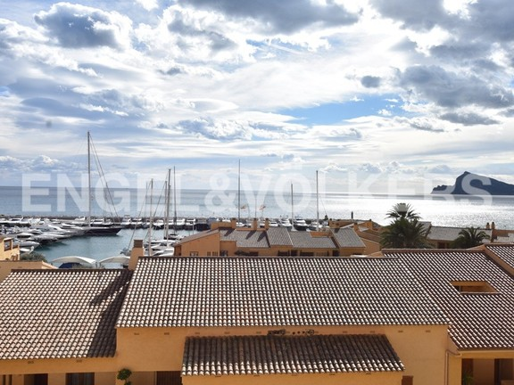 L'Alfàs del Pi - front-line-apartment-overlooking-the-harbour.jpg