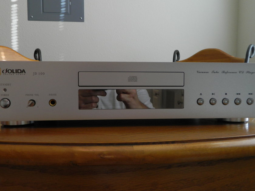 JOLIDA - JD100 - TUBE CD PLAYER W/REMOTE