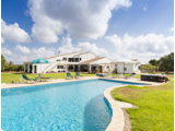 Spectacular house in Minorca