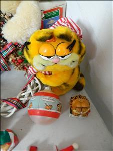 Garfield Xmas items