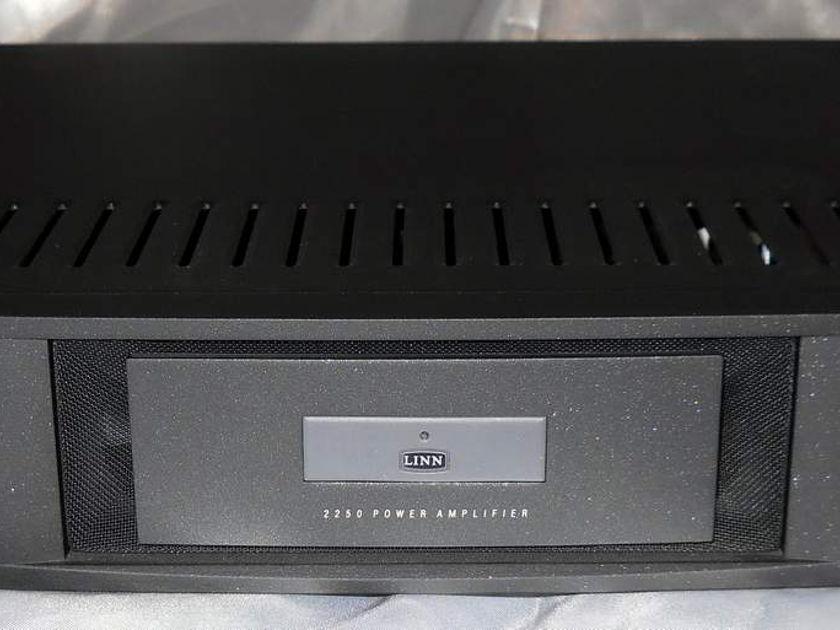 Linn 2250 power amplifier replaces the famous klout !!!