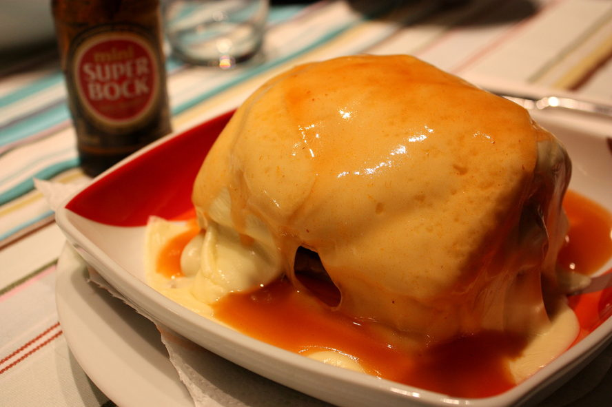 Portugal - Homemade_francesinha.jpg