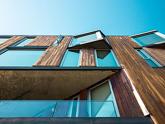 Bolzano - Which trends are currently important in the field of house facades and which materials play a role here? Here you can learn more about this exciting topic.