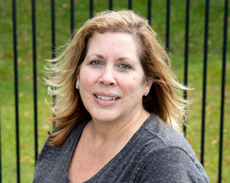 Mrs. De Perna , Assistant Center Director
