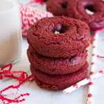 low-carb valentines red velvet donuts