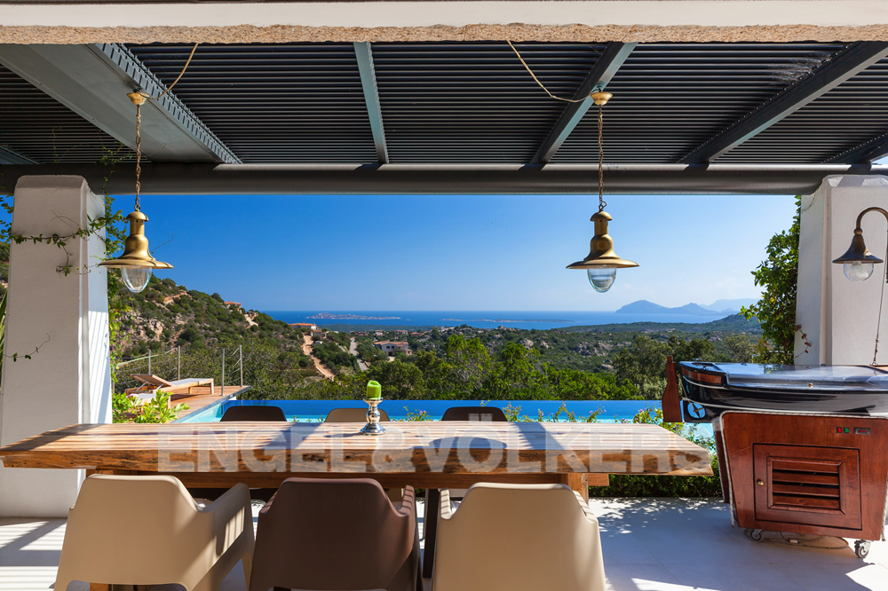 Порто Черво - Сардиния - Porto Cervo Country side_ Villa with sea view.jpg