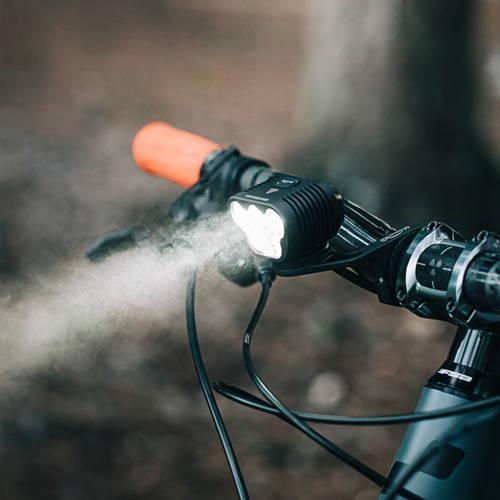Monteer 8000s Bike light