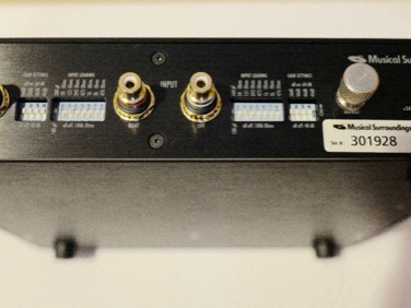 Musical Surroundings Nova II Phono Preamp with box, manual - MINT
