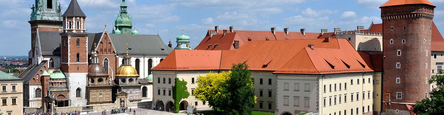 Королевский замок на Вавельском холме и «Подземный музей Рыночной площади».