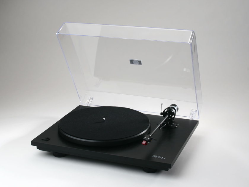 Music Hall MMF 2.2 Turntable with Cartridge Gloss Black