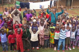 1 day as a volunteer in a children's program in the slum and 1 day of sightseeing in Nairobi.