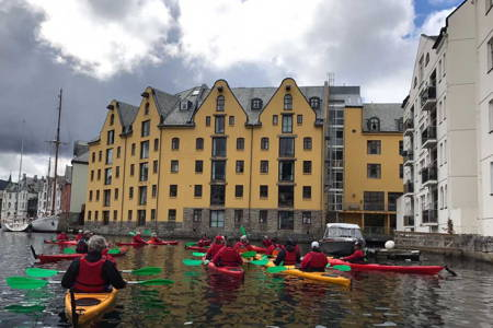 Architectural Sightseeing by Kayak