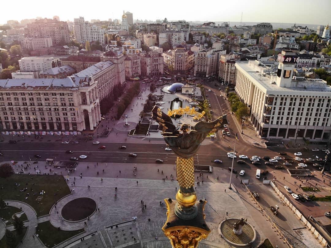 Площадь майдана незалежности