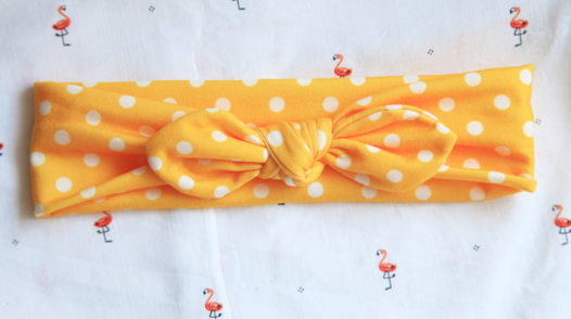 Бантик желтый в белый горошек из хлопка