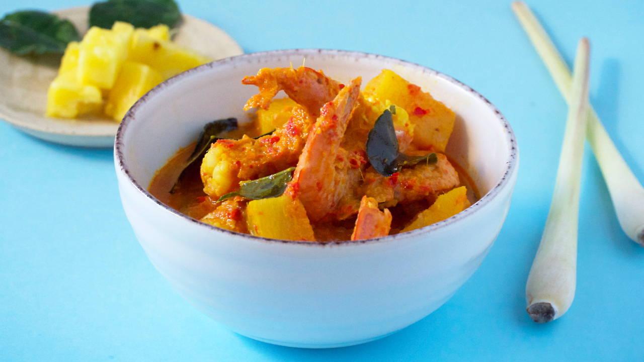 Pineapple Prawn Curry