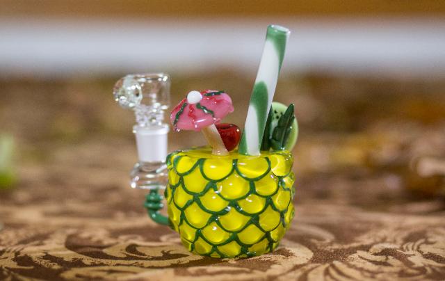 pineapple bong