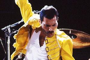 4 Positive Ways Freddie Mercury Challenged the World