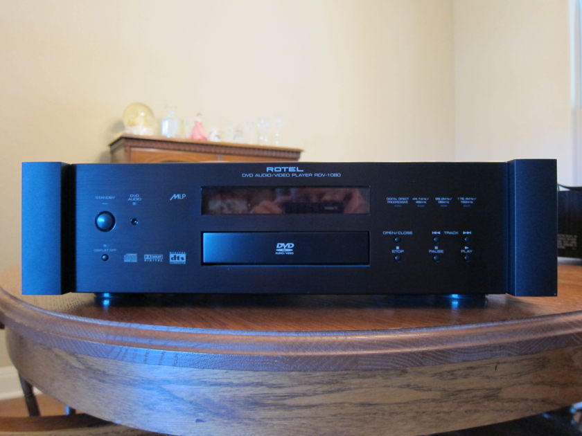 Rotel RDV-1080 DVD / CD Player