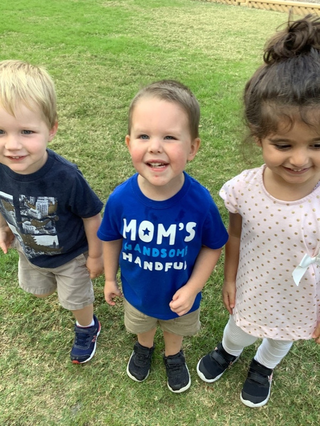 Photo of smiling early preschoolers