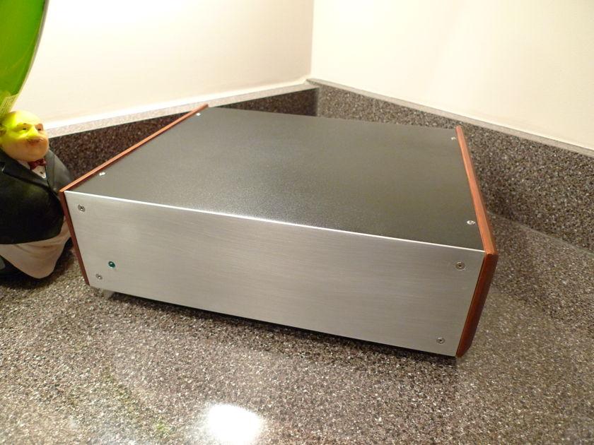 SuperNova Audio Model One Battery powered class-T Amplifer
