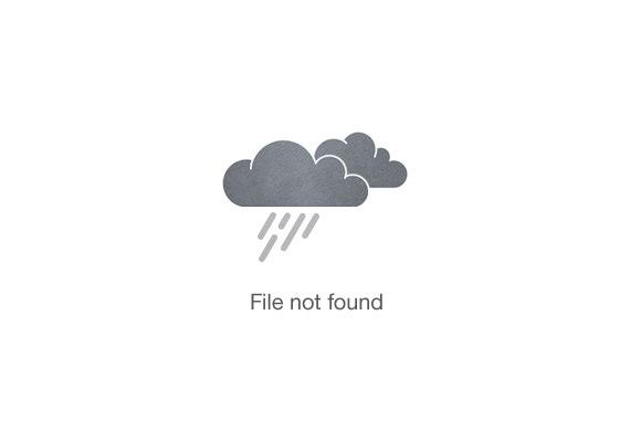 Hombre afroamericano con reemplazo de cabello Xtrands+