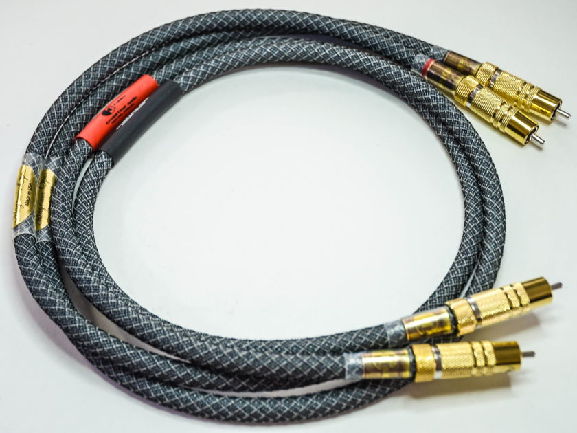 Crystal Clear Audio Magnum Opus series RCA 1.2m interconnects