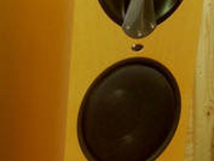 Linn Komri/Solos Best system Linn ever made!!