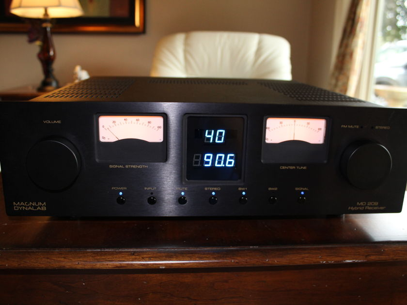 Magnum Dynalab MD-209 Audiophile Receiver