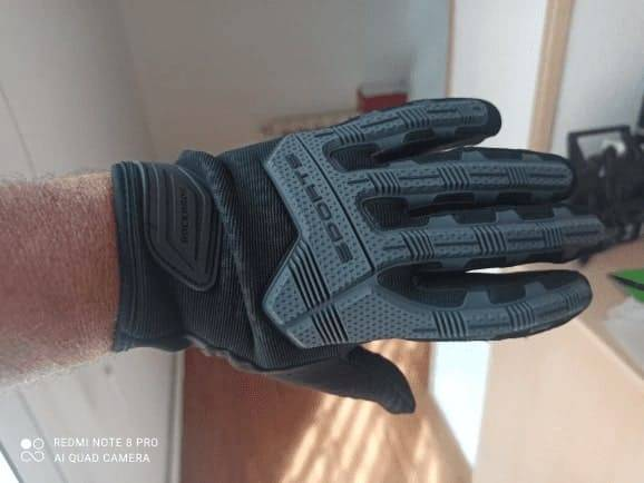 gants-trottinettes-electriques-sport