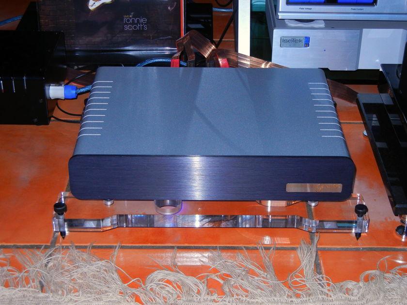 """Genesis Advanced Technologies GR-180 """"World-Class"""" Class D Amplification"""