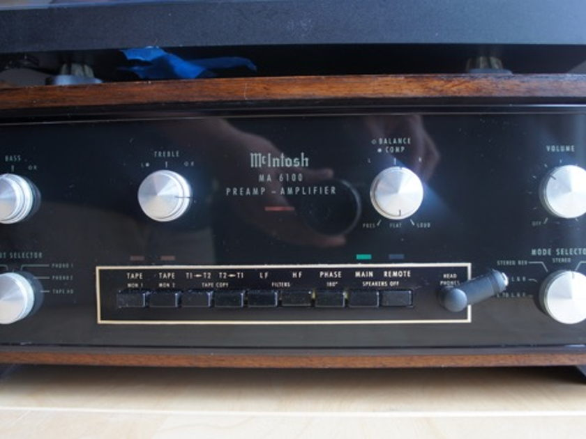 McIntosh MA-6100 Integrated Amplifier