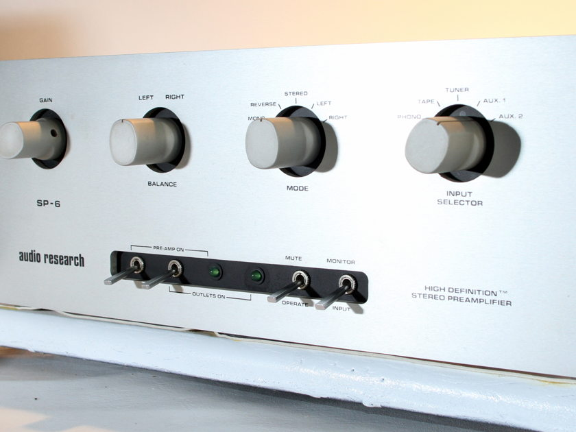 AUDIO RESEARCH   SP6 Tube Preamplifier