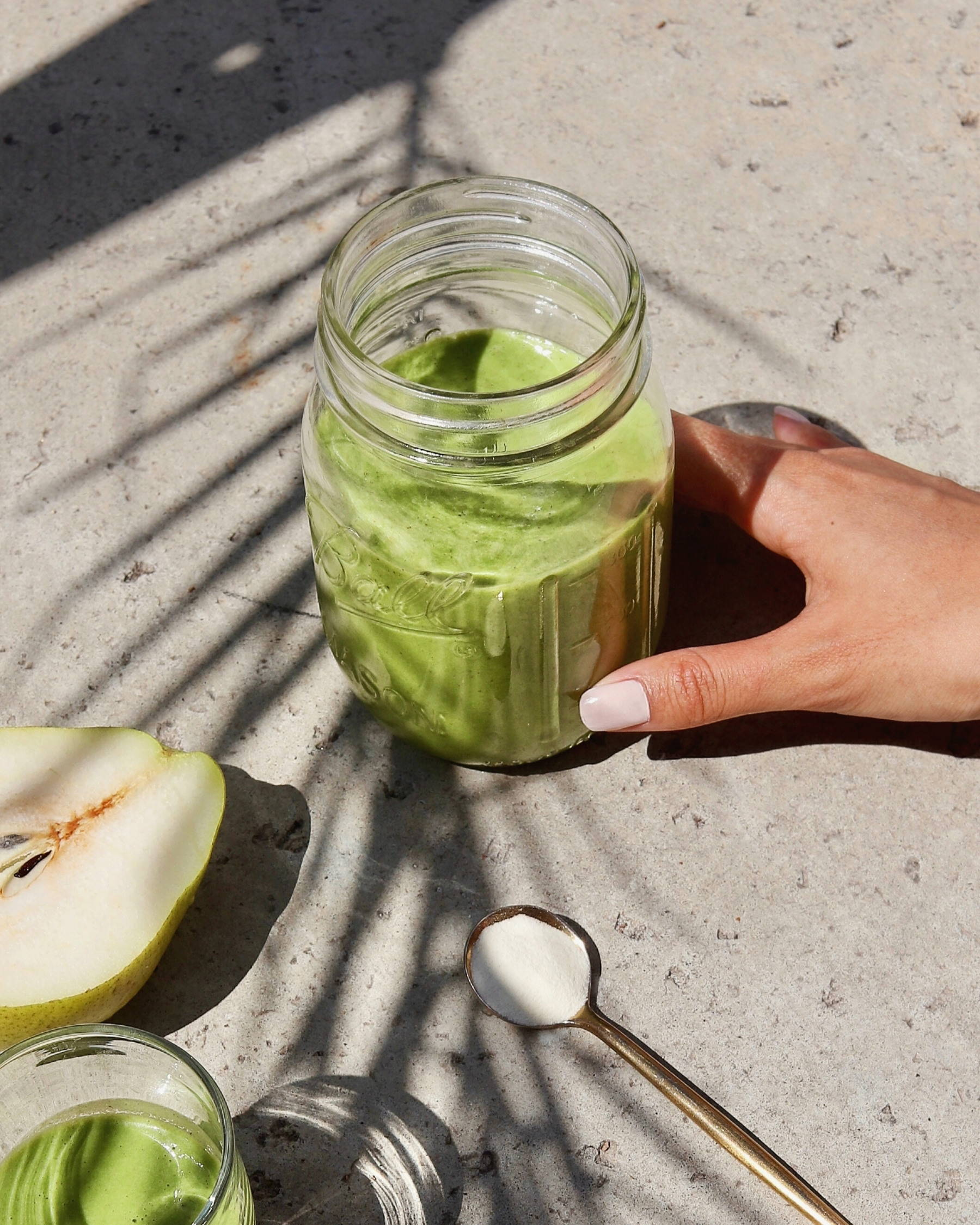 pear green collagen smoothie recipe
