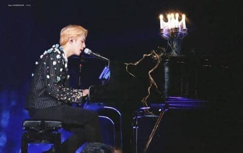 Jin Bts piano