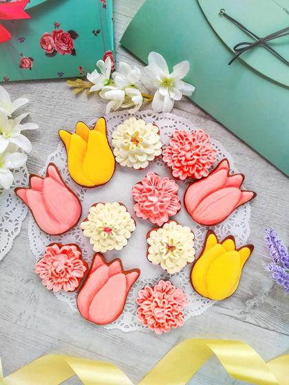"""Подарочный набор пасхальных пряников ручной работы """"Весенние цветы"""""""