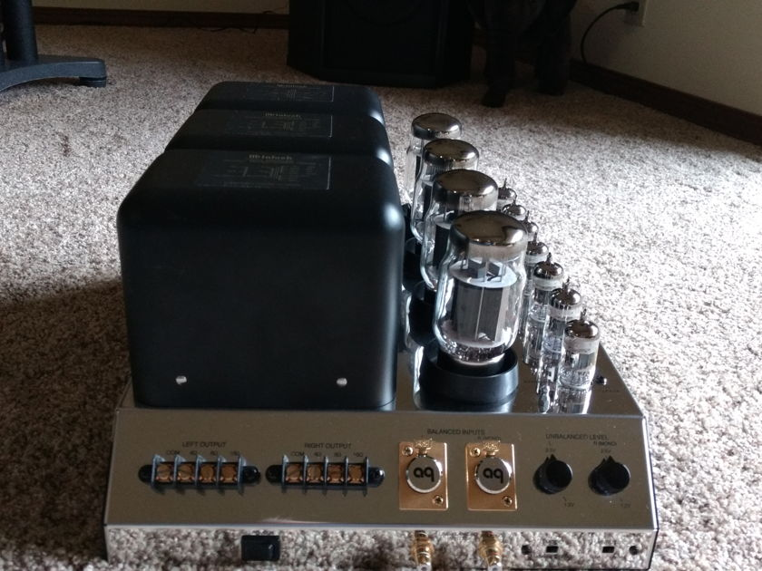 McIntosh MC275 Mk IV version,  One owner and in Excellent condition, manual, box, and cord. Comes from a smoke , child, and pet free home.