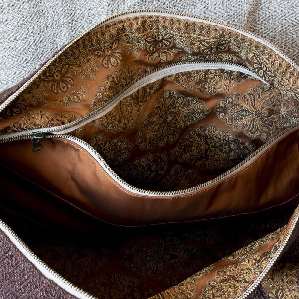 Sac polochon éthique en chanvre Ujwalo couleur café - Poche intérieure