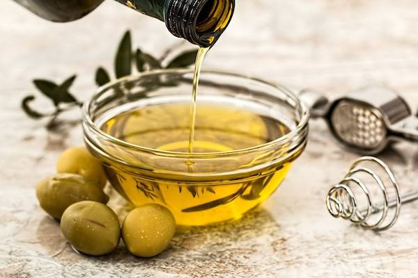 Fat Content in OIive oil, Avocado Oil, and MCT oil