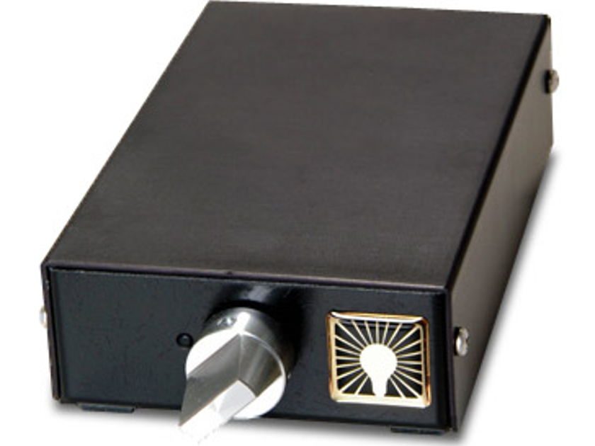 LUMINOUS AUDIO AXIOM passive pre Giant killer for $135!