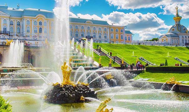Петергоф: Нижний парк, фонтаны и Большой дворец для школьных групп