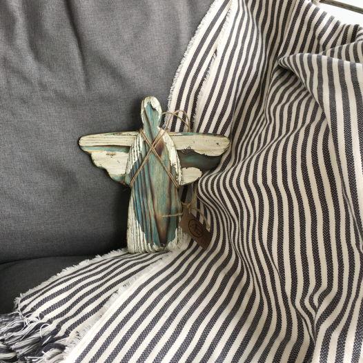 Ангел средний с серебрением.