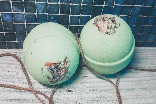 """Зеленая бомбочка для ванны """"Розмарин, базилик и лимон"""""""