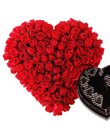 hf lovable Heart Arrangement